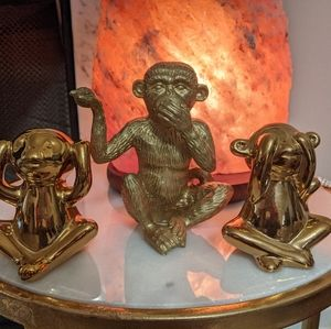 Gold Zen Monkeys